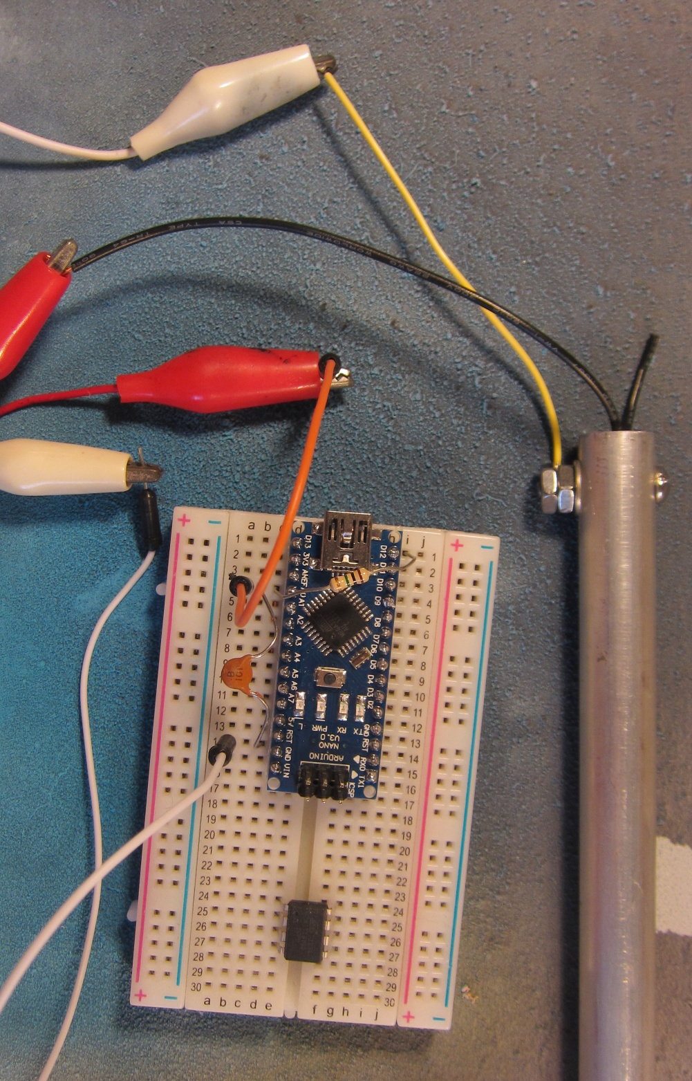Capacitive sensor arduino aansluiten meterkast schema